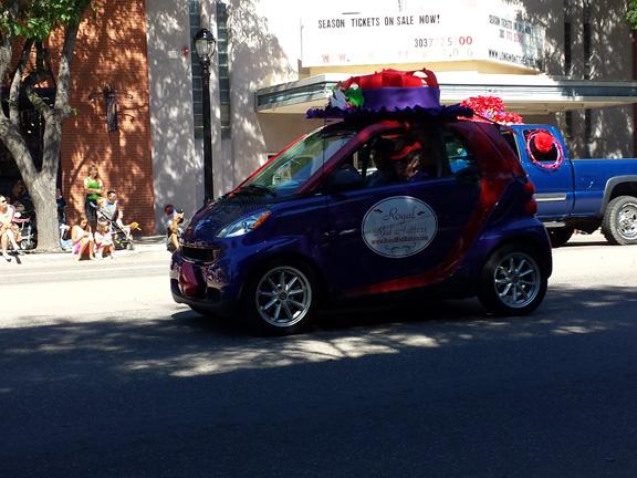 Red Hat Ladies Smart Car